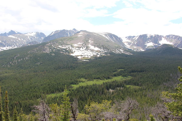 2015-06-28 Flattop Mtn and Ptarmigan Pass from east ridge of Mt Wuh