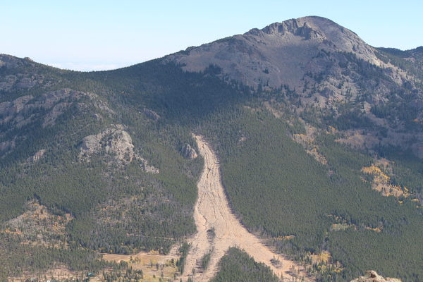 2015-10-05 Landslide from Estes Cone summit