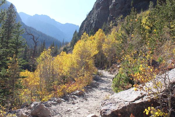 2020-09-29 Glacier Gorge Trail with autumn colors